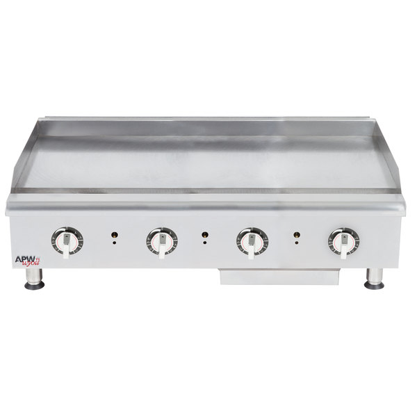 """APW Wyott HTG-2448 Natural Gas 48"""" Heavy Duty Countertop Griddle with Thermostatic Controls - 128,000 BTU Main Image 1"""