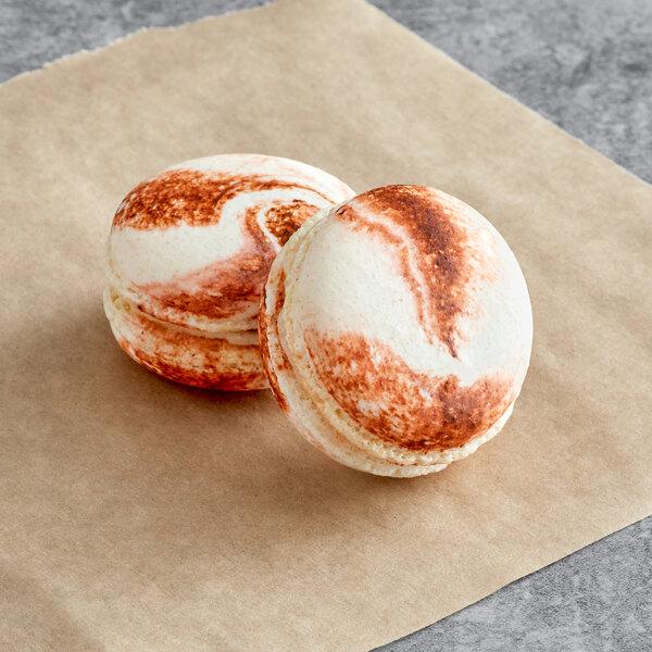 Macaron Centrale Caramel Pecan Cheesecake Macaron - 50/Case Main Image 1