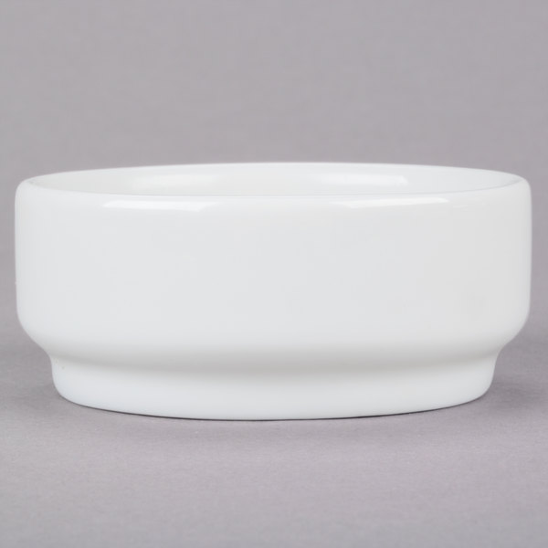 Arcoroc R0851 Candour 8 oz. White Porcelain Stackable Bowl by Arc Cardinal - 24/Case