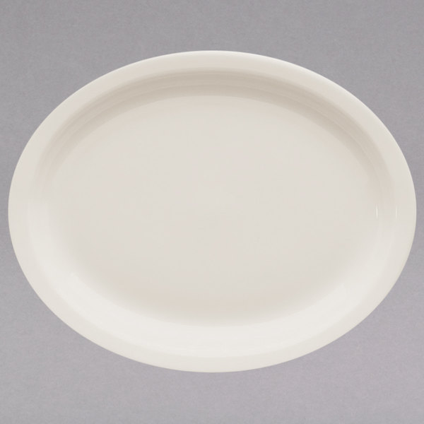 "Homer Laughlin by Steelite International HL25900 9 3/4"" Ivory (American White) Narrow Rim Oval China Platter - 24/Case Main Image 1"