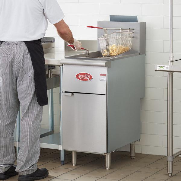 Avantco FF300 Liquid Propane 40 lb. Stainless Steel Floor Fryer