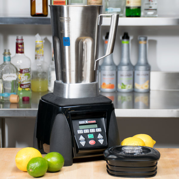 Waring MX1300XTS Xtreme 3 1/2 hp Commercial Blender with Programmable Keypad, Adjustable Speeds and 64 oz. Stainless Steel Container