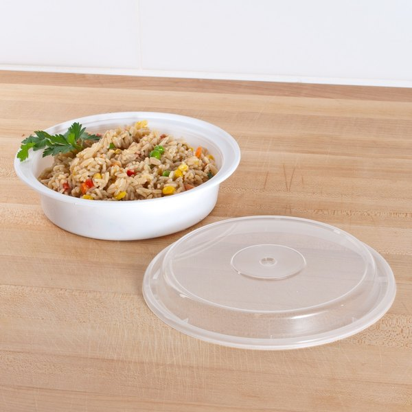 """Newspring NC-723 24 oz. White 7"""" VERSAtainer Round Microwavable Container with Lid - 150/Case"""