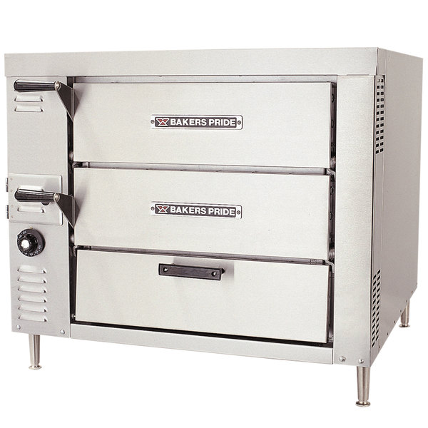 Bakers Pride GP-51 Natural Gas Countertop Oven - 40,000 BTU