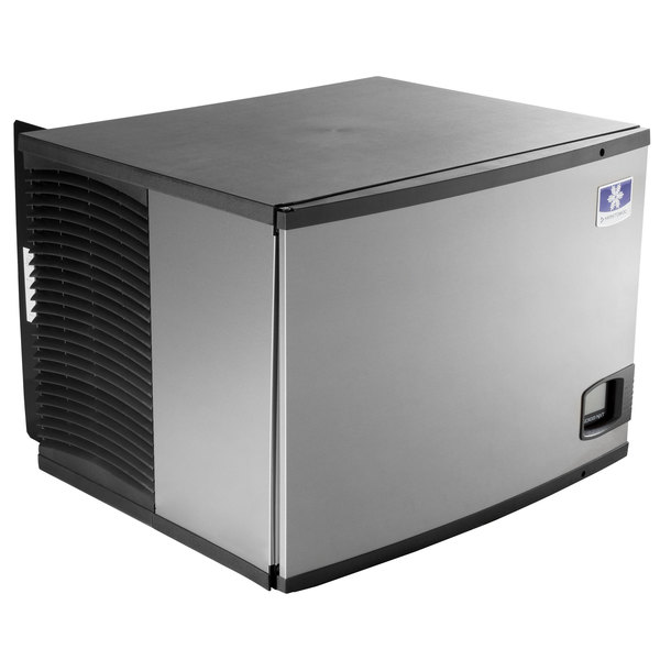 Manitowoc IY-0504A Indigo Series 30 inch Air Cooled Half Size Cube Ice Machine - 208-230V, 560 lb.