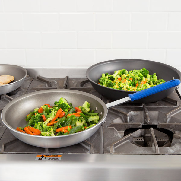 "Vollrath S4012 Wear-Ever 12"" Aluminum Non-Stick Fry Pan with PowerCoat2 Coating and Blue Cool Handle Main Image 2"