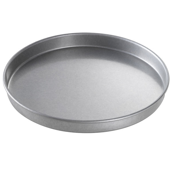 "Chicago Metallic 41018 10"" x 1"" Glazed Aluminized Steel Customizable Round Cake Pan"