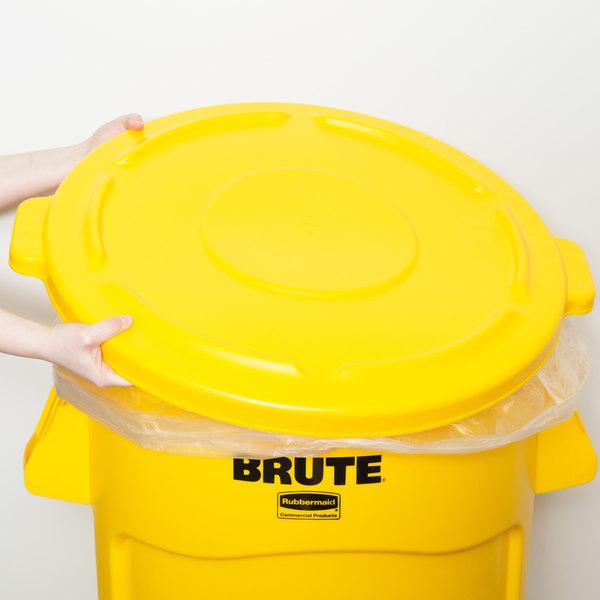 Rubbermaid FG264560YEL BRUTE 44 Gallon Yellow Trash Can Lid