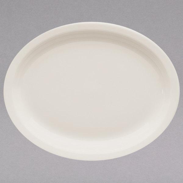 "Homer Laughlin 25800 7 3/4"" Ivory (American White) Narrow Rim Oval China Platter - 36/Case"
