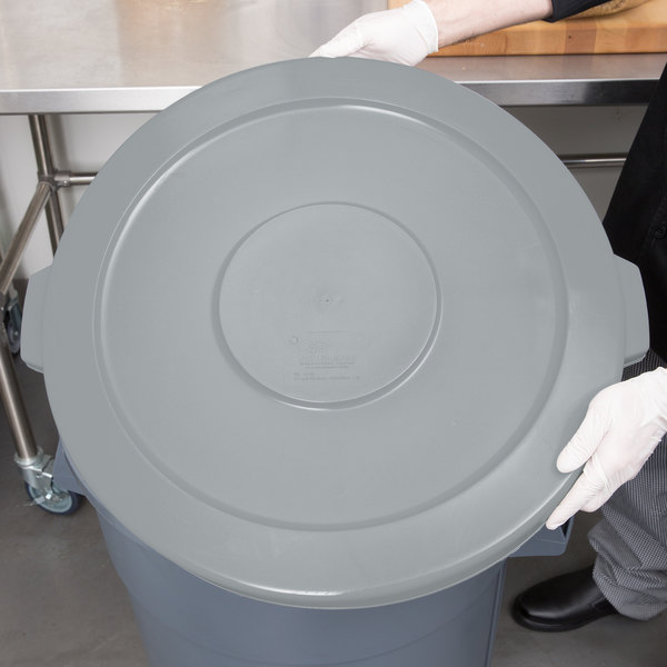 Continental 4445GY Huskee 44 Gallon Gray Trash Can Lid