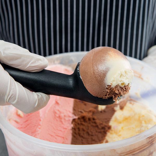 #16 Non-Stick Green Ice Cream Scoop / Dipper- 2.5 oz. Main Image 2