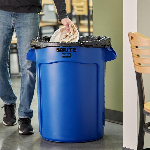 Rubbermaid FG263200BLUE BRUTE 32 Gallon Blue Trash Can Main Image 2