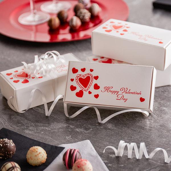 "5 1/2"" x 2 3/4"" x 1 3/4"" 1-Piece 1/2 lb. Valentine's Day Candy Box - 250/Case Main Image 4"