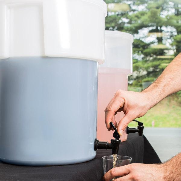 Carlisle 221002 5 Gallon White Round Beverage Dispenser (No Base)