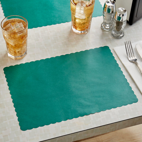 """Choice 10"""" x 14"""" Hunter Green Colored Paper Placemat with Scalloped Edge - 1000/Case Main Image 2"""
