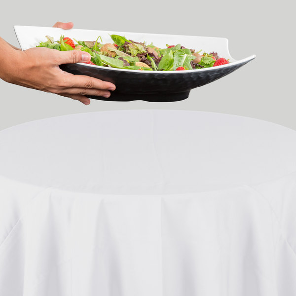 """132"""" Round White 100% Polyester Hemmed Cloth Table Cover"""