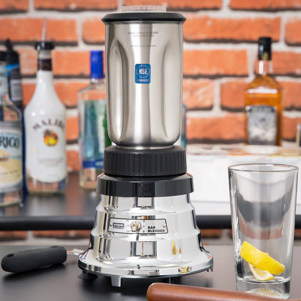 Waring BB160S 2 Speed Commercial Bar Blender with Stainless Steel Container - 32 oz.