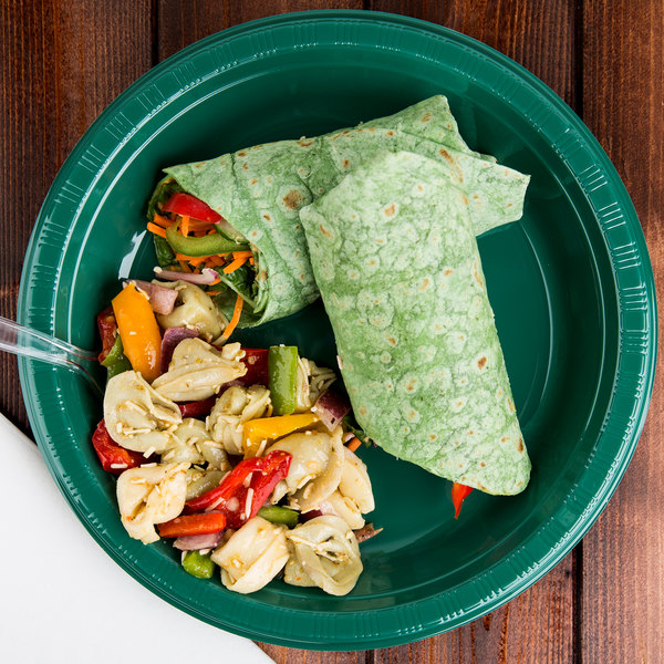 "Creative Converting 28312431 10"" Hunter Green Plastic Plate - 20/Pack"