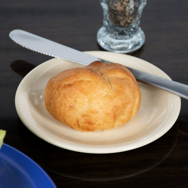 """Carlisle 4350525 Dallas Ware 5 5/8"""" Tan Melamine Bread and Butter Plate - 48/Case"""