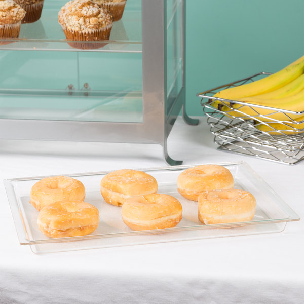 "Cal-Mil 335-10-12 10"" x 14"" Shallow Clear Bakery Tray"