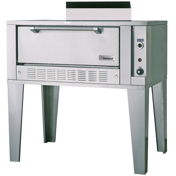 "Garland G2121 Liquid Propane 55 1/4"" Single Deck Roast Oven - 40,000 BTU"