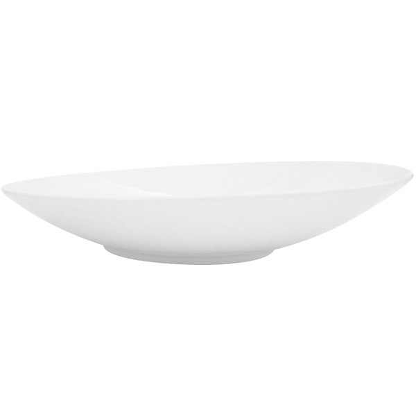 "CAC SHER-21 Sheer 12"" Bone White Round Porcelain Plate - 12/Case Main Image 1"