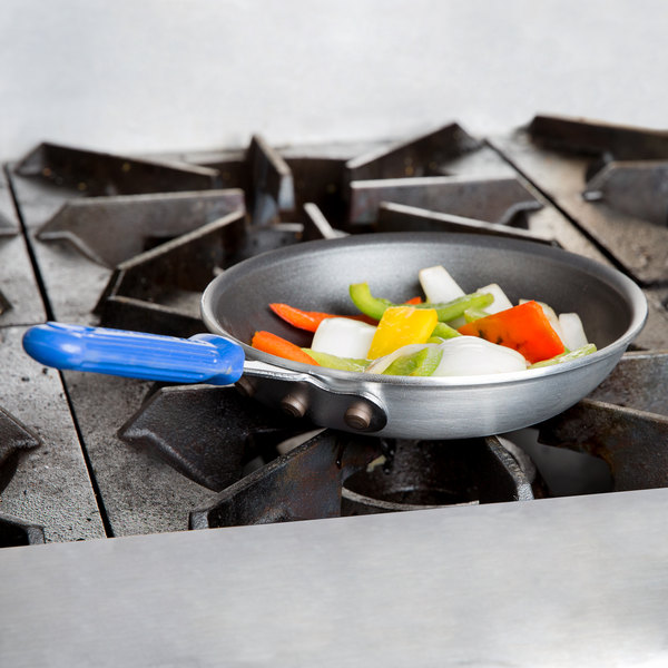 """Vollrath T4007 Wear-Ever 7"""" Aluminum Non-Stick Fry Pan with SteelCoat x3 Coating and Blue Cool Handle Main Image 2"""