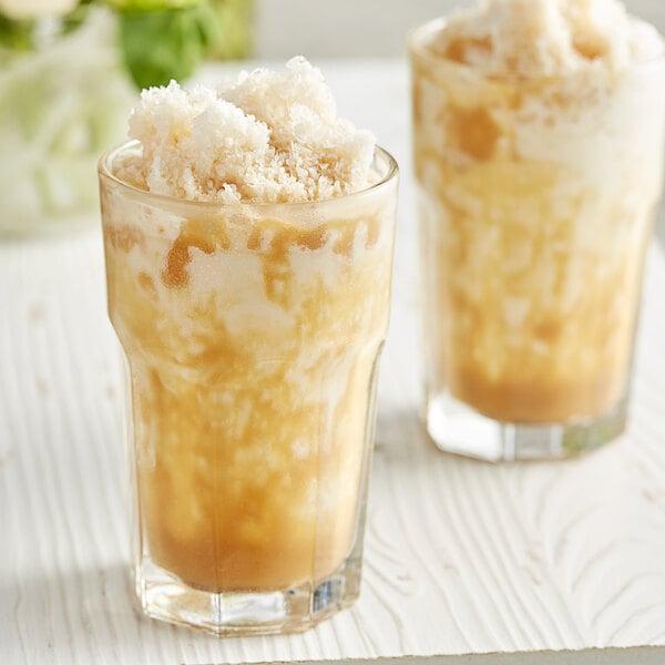 DaVinci Gourmet 64 fl. oz. Sugar Free Caramel Flavoring Sauce Main Image 3