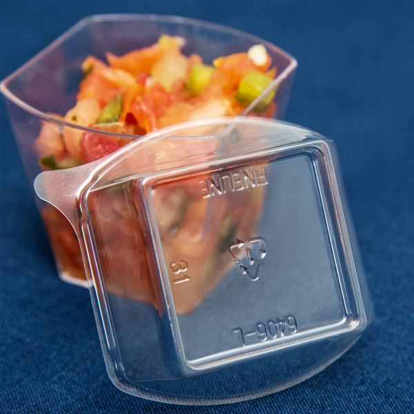 Fineline Tiny Temptations 6406-L Clear Dome Lid for 2.2 oz. Tiny Tumbler - 1000/Case Main Image 10