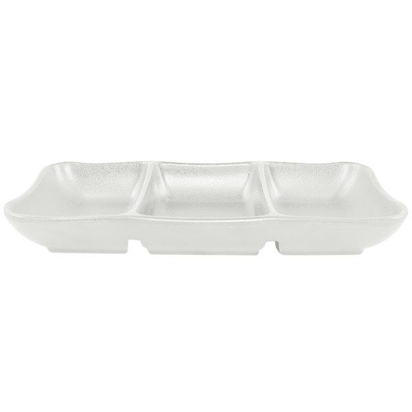 "Elite Global Solutions JW2071 Zen 7 5/8"" x 3 1/4"" White Rectangular 3-Compartment Tray - 6/Case"