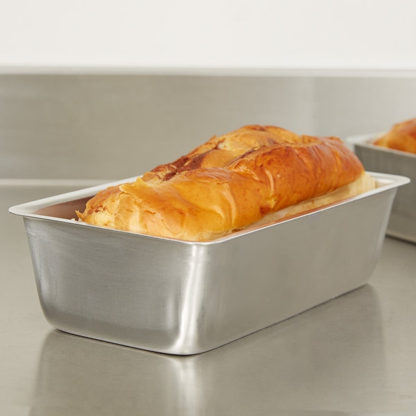 "Vollrath 51008 Wear-Ever 3 lb. Seamless Aluminum Bread Loaf Pan - 9 1/4"" x 5 1/4"" x 2 3/4"""