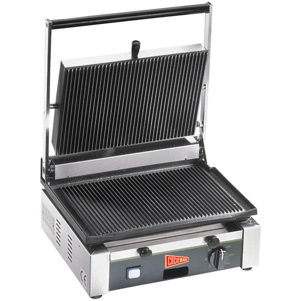 "Cecilware TSG-1G Single Panini Sandwich Grill with Grooved Surfaces - 14 1/2"" x 10"" Cooking Surface - 120V, 1700W"