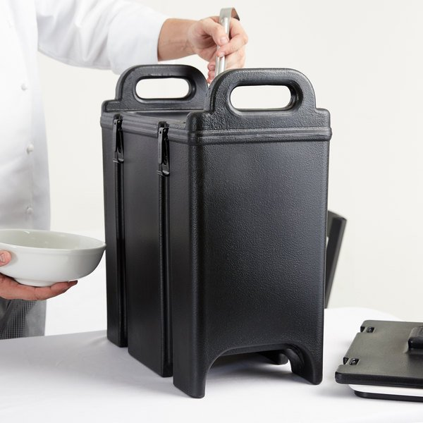 Cambro 350LCD110 Camtainer 3.375 Gallon Black Insulated Soup Carrier Main Image 4