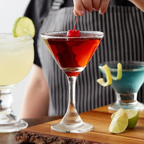 Acopa 9.25 oz. Cocktail / Martini Glass - 12/Case Main Image 2