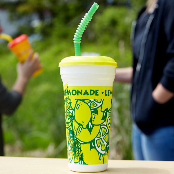 32 oz. Tall Plastic Lemonade Souvenir Cup with Straw and Lid - 300/Case