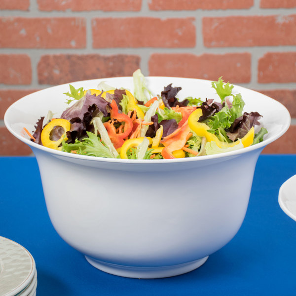 Tablecraft CW3140W 5.5 Qt. White Cast Aluminum Tulip Salad Bowl