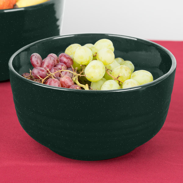 Tablecraft CW3170HGNS 3.5 Qt. Hunter Green with White Speckle Cast Aluminum Fruit Bowl