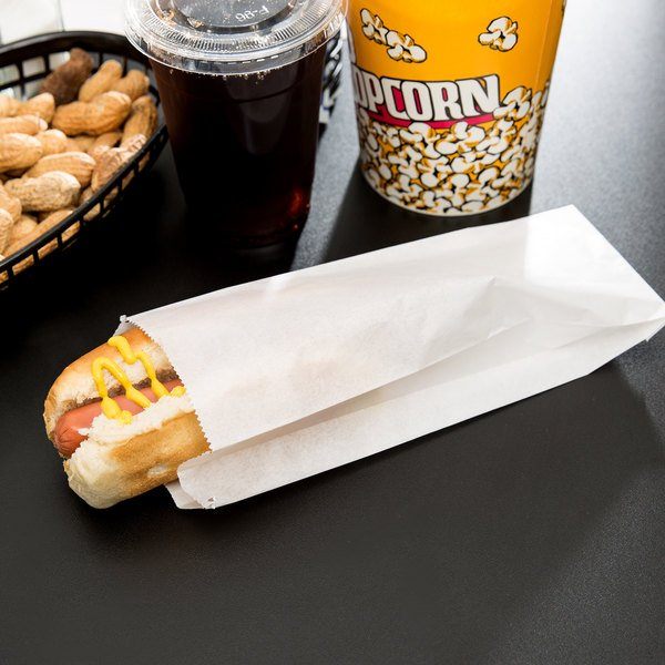 "Carnival King 3 1/2"" x 1 1/2"" x 9"" Plain Paper Hot Dog Bag - 1000/Case"