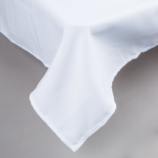 90 inch x 90 inch White 100% Polyester Hemmed Cloth Table Cover