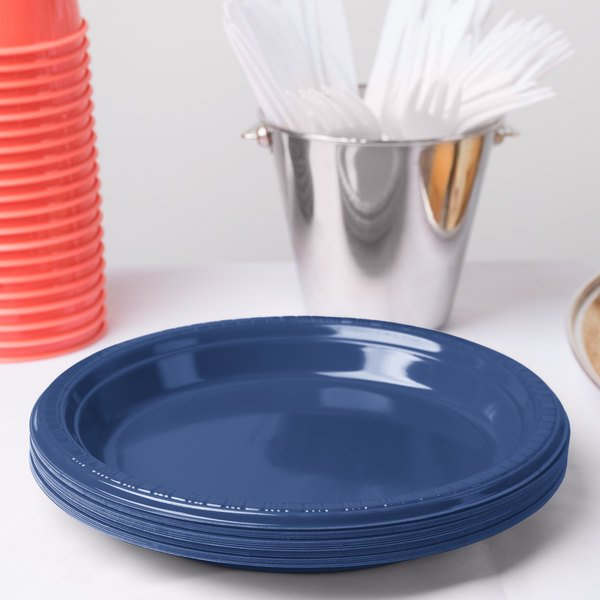 "Creative Converting 28113721 9"" Navy Blue Plastic Plate - 20/Pack"