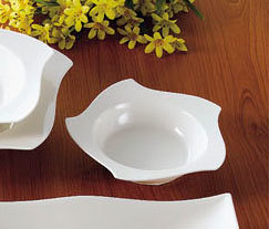 CAC STA-110 Fashionware 26 oz. Bone White Five Star Porcelain Pasta Bowl - 12/Case Main Image 1