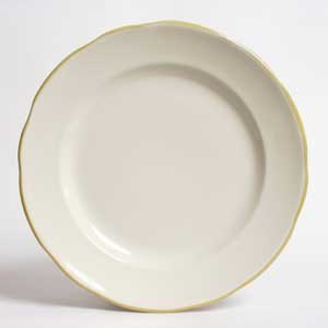 "CAC SC-5G Seville 5 1/2"" Ivory (American White) Scalloped Edge China Plate with Gold Band - 36/Case"