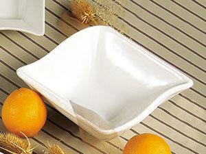 CAC SOH-76 Soho 20 oz. Ivory (American White) Square Stoneware Bowl - 36/Case Main Image 1