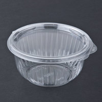 Dart Solo C16HBF PresentaBowls 16 oz. Clear Hinged Plastic Bowl with Flat Lid - 300 / Case