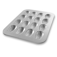 Chicago Metallic 25400 Madeleine Pan