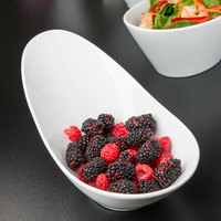 World Tableware BW-6709 Chef's Selection II 27 oz. Ultra Bright White Porcelain Riviera Bowl - 12/Case