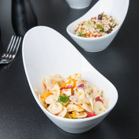 World Tableware BW-6707 Chef's Selection II 10 oz. Ultra Bright White Porcelain Riviera Bowl - 12/Case