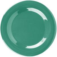 Carlisle 3301009 Sierrus 10 1/2 inch Meadow Green Wide Rim Melamine Plate - 12/Case