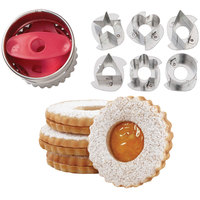 Wilton 2308-0112 7-Piece Metal Round Linzer Cookie Cutter Set