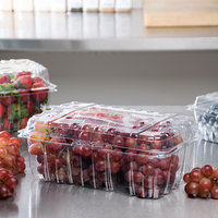 4 lb. Vented Clamshell Clear Produce / Berry Container   - 170/Case